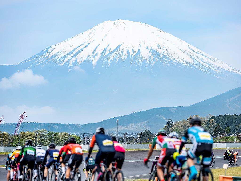 富士スピードウェイを走る!富士チャレンジ200